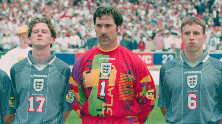 David Seaman flanked by his two sons - England (1996)