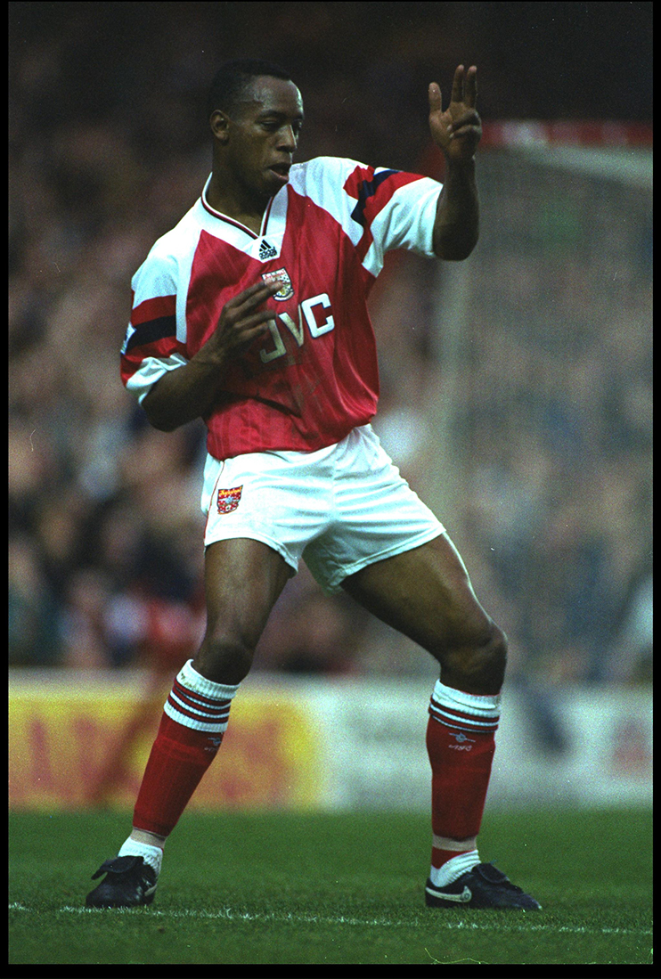 829f86a36 7 NOV 1992  IAN WRIGHT OF ARSENAL CELEBRATES AFTER SCORING A GOAL DURING  THE PREMIER