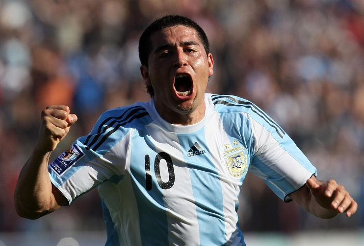 Juan Roman Riquelme made the number 10 shirt his own