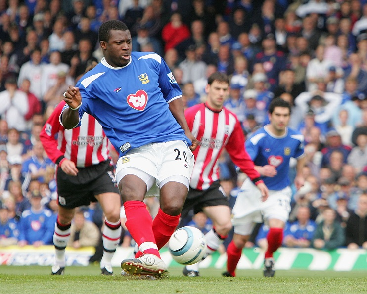SOUTHAMPTON, ENGLAND - APRIL 24: Yakubu of Portsmouth scores from the penalty spot during the Barclays Premiership match between Portsmouth and Southampton at Fratton Park on April 24, 2005 in Portsmouth, England. (Photo by Mike Hewitt/Getty Images)
