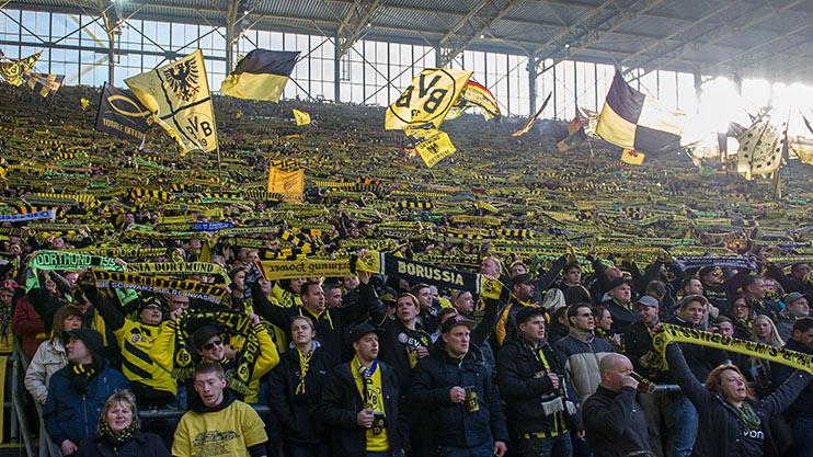 bvb-yellow-wall-dortmund