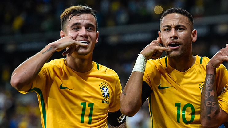 Coutinho and Neymar are best pals at Brazil