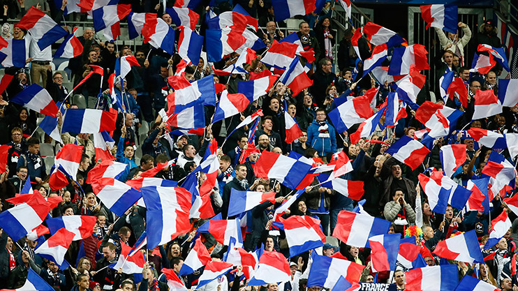 England fans encouraged to sing French national anthem