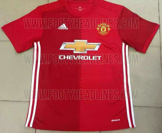free shipping 8becb cd78c LEAKED: Is this Manchester United's new kit for next season?