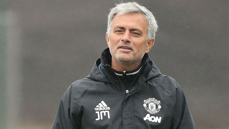 mourinho smiling training