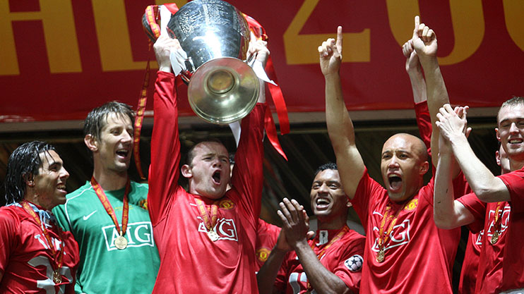 rooney-champs-lge-trophy