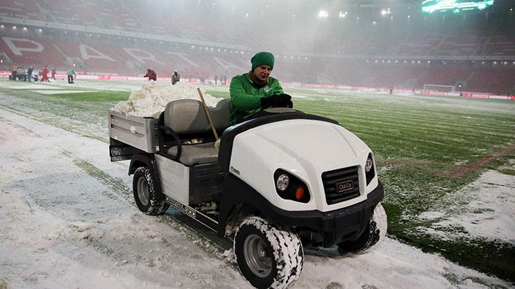 winter-football-snow-2