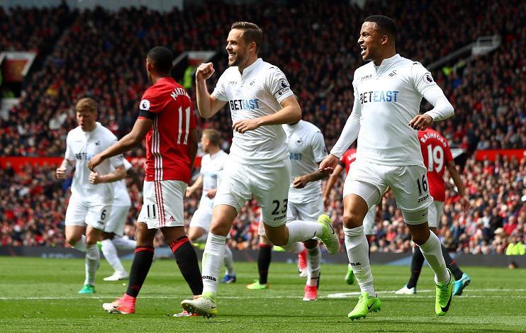 Sigurdsson is the Premier League's set-piece specialist