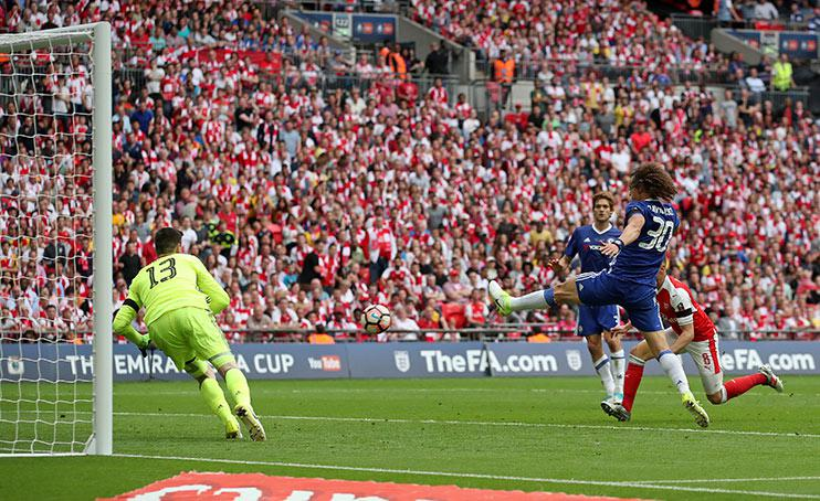 Aaron Ramsey scores Arsenal's second goal