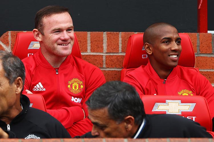 Mbappe's idol sitting with Wayne Rooney