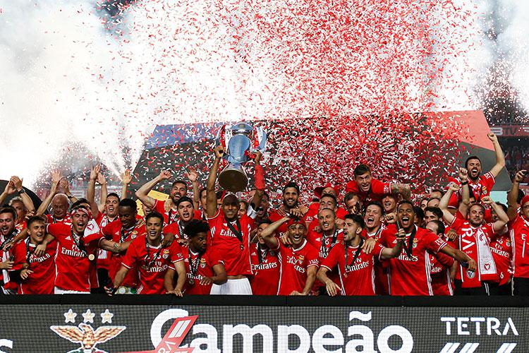 Benfica celebrate winning the Portuguese league title