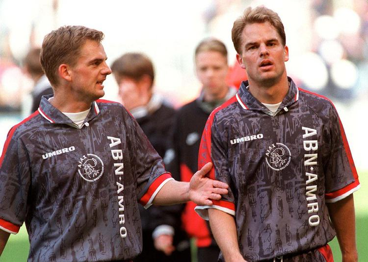 I'm seeing double… FOUR De Boer brothers!