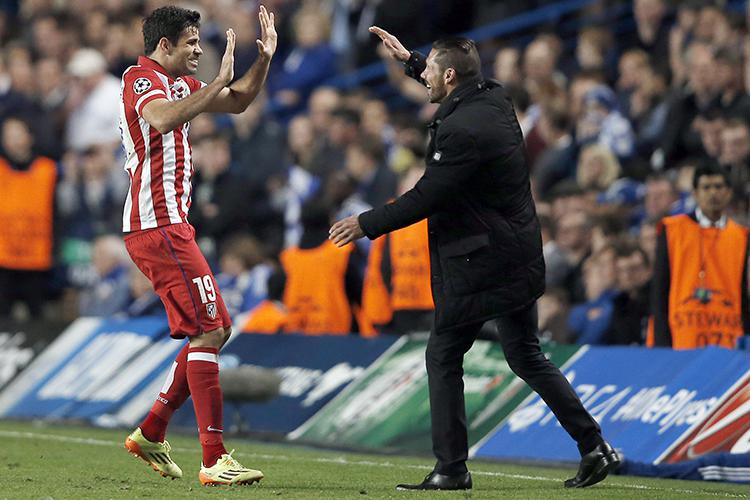 Costa celebrates with Simeone after scoring against Chelsea