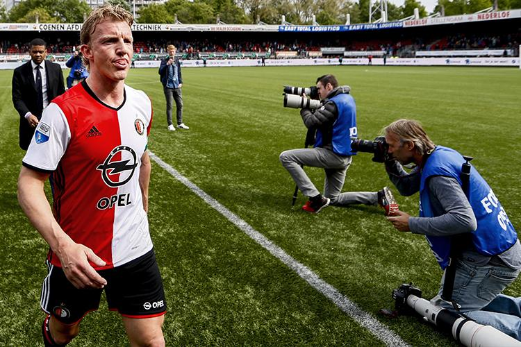 Kuyt trudges off at half-time having very much settled the nerves