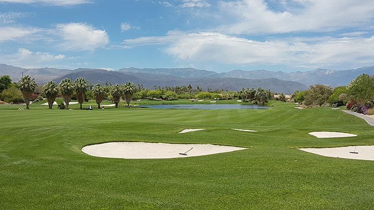 Desert Willow golf course – an oasis in a barren wilderness