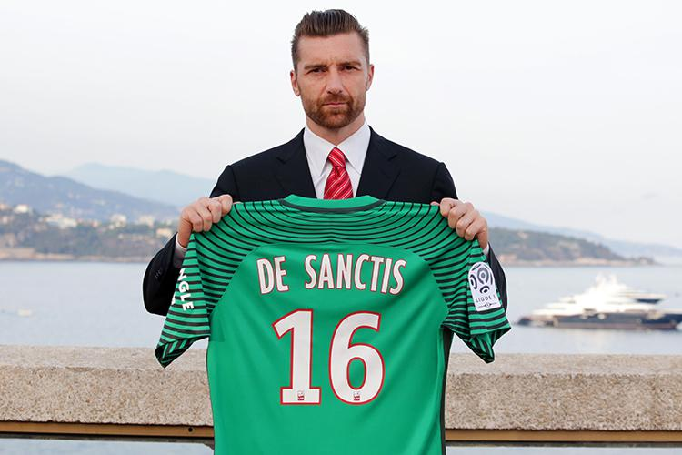 De Sanctis has kept some of the best benches in European football warm