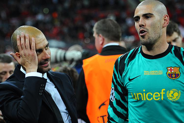 Find someone who looks at you like Pep Guardiola looks at Victor Valdes