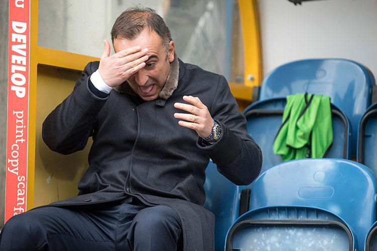 Carlos Carvalhal can't look