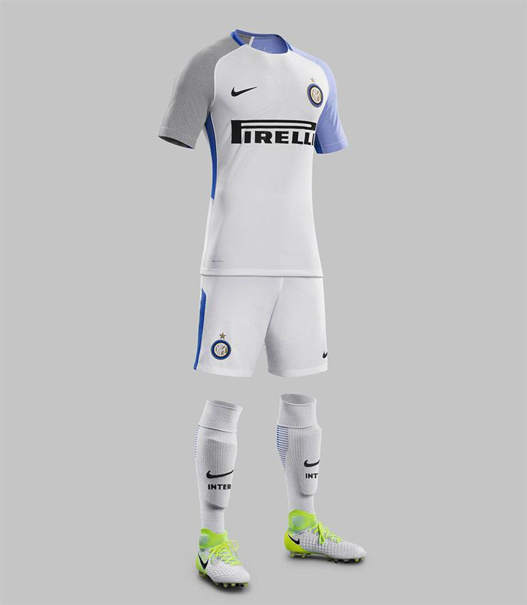 best service 6a7ab b3aa5 The new Roma and Inter Milan away kits are absolutely fantastic