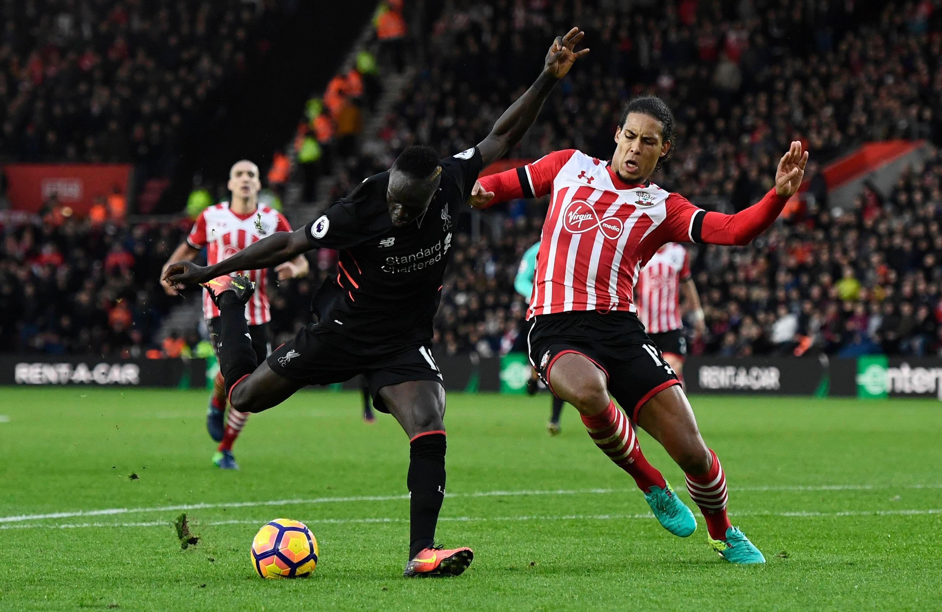 Jurgen Klopp is hoping to land Southampton defender Virgil van Dijk