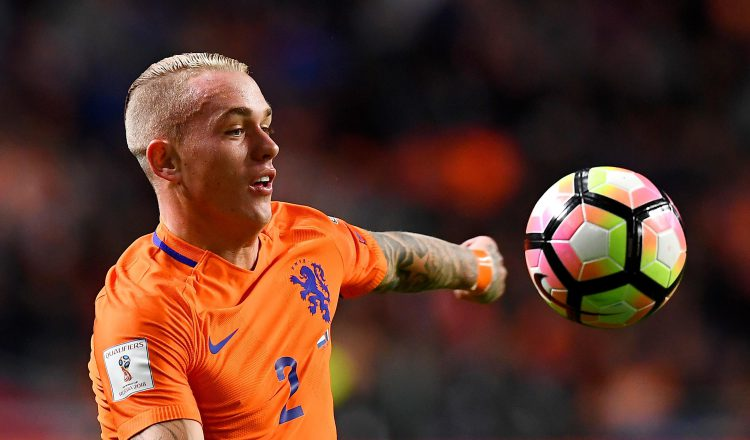 Has Monchi unearthed the Dutch Dani Alves?