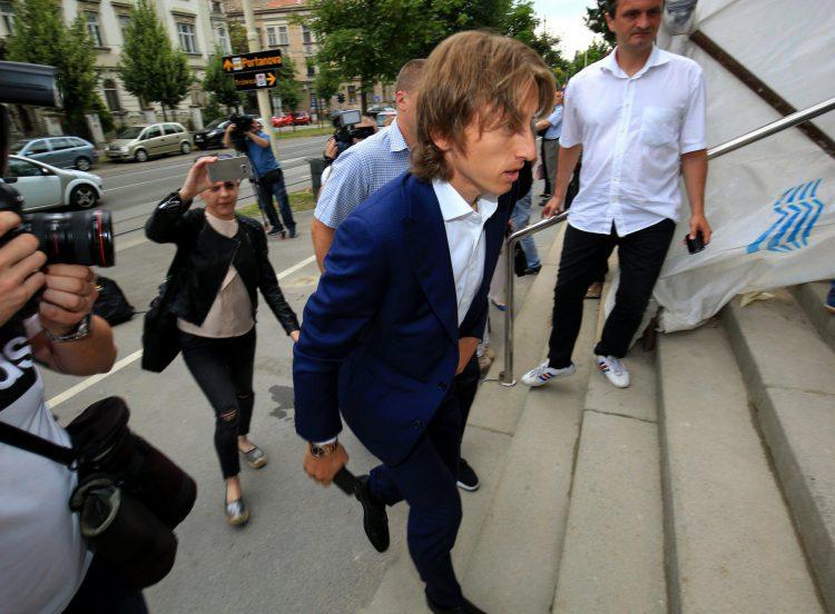 Luka Modric arrives at the Osijek courthouse