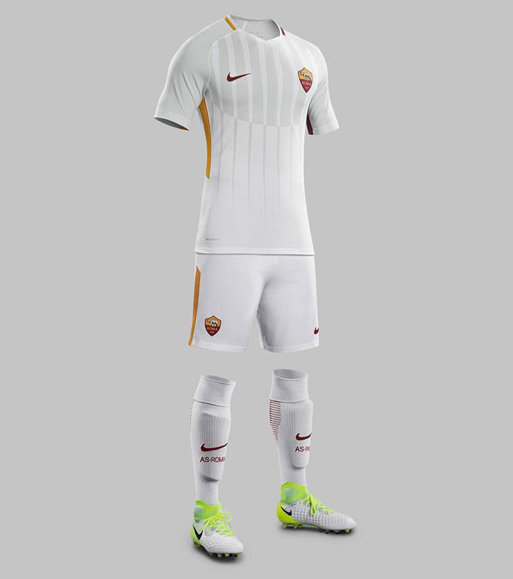 best service f6aef 0c220 The new Roma and Inter Milan away kits are absolutely fantastic