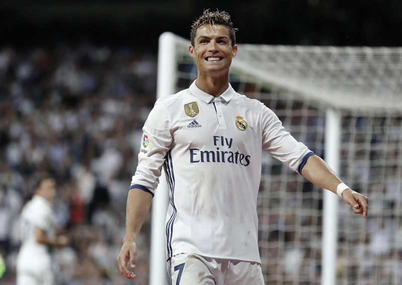 bdb1636f854 What would Cristiano Ronaldo look like in different clubs' kits?