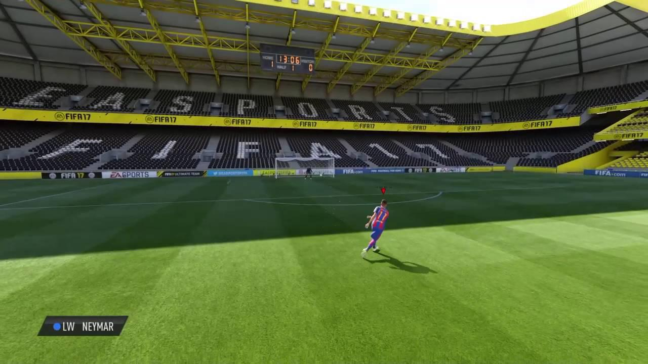 The practice arena in FIFA 17 looks flat and lifeless in comparison
