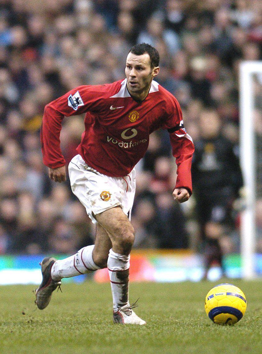 Ryan Giggs was another Manchester United winger who would hug the sidelines