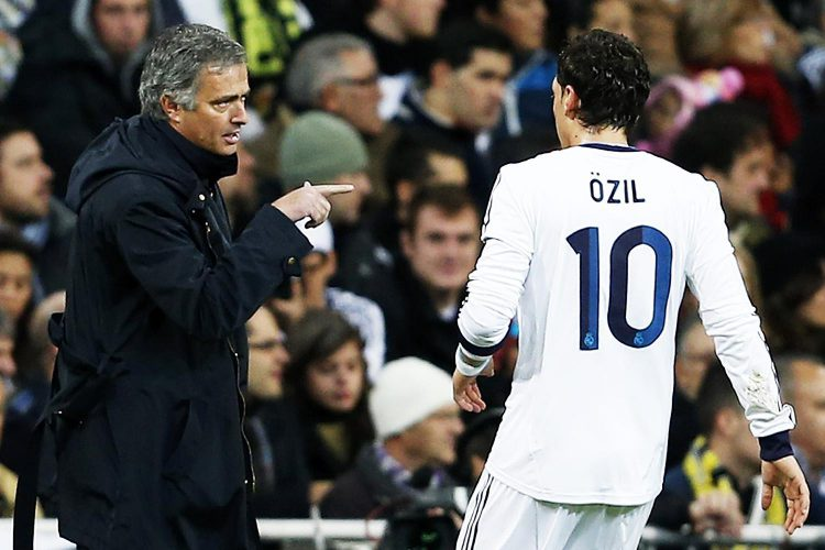 'Change that number on your back ASAP Mesut'