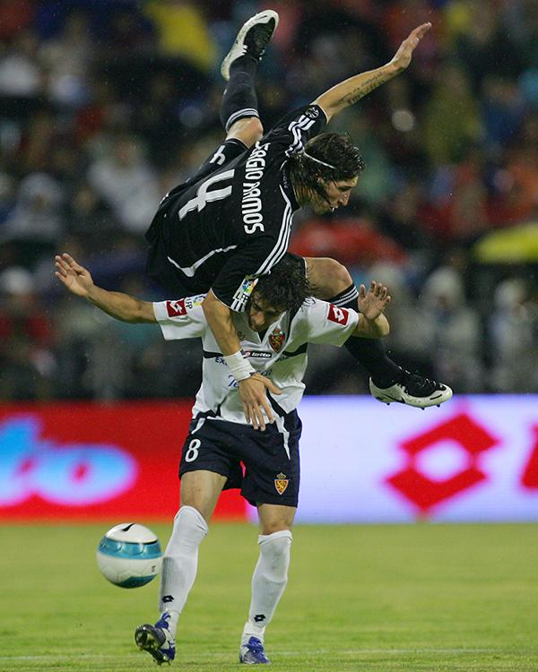 Sergio Ramos discovered that to stop Aimar you really did need to get tight