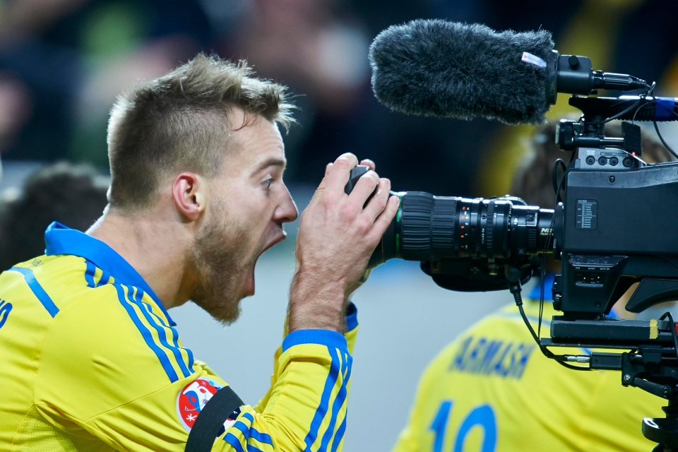 "Remember when he screamed ""Buy me, Dortmund!"" down the camera? (Never happened)"