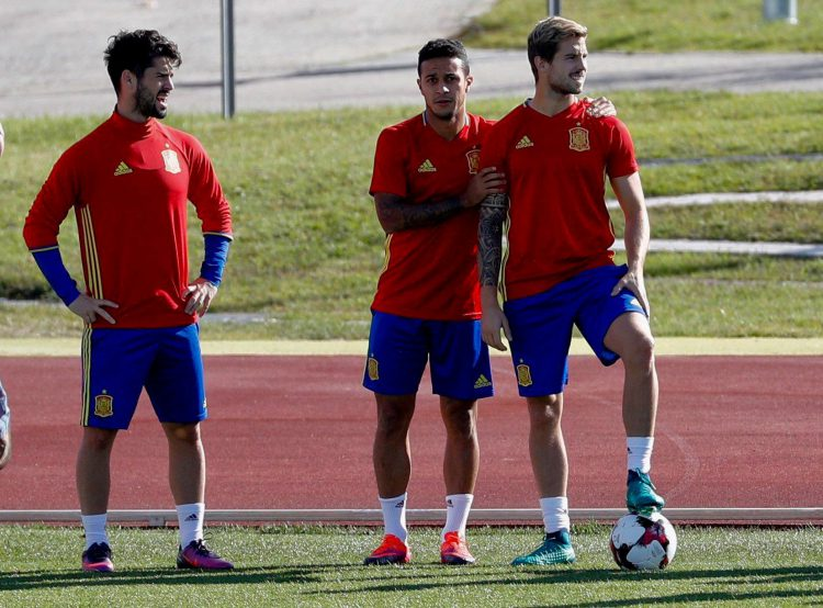 Isco's feeling a bit left out