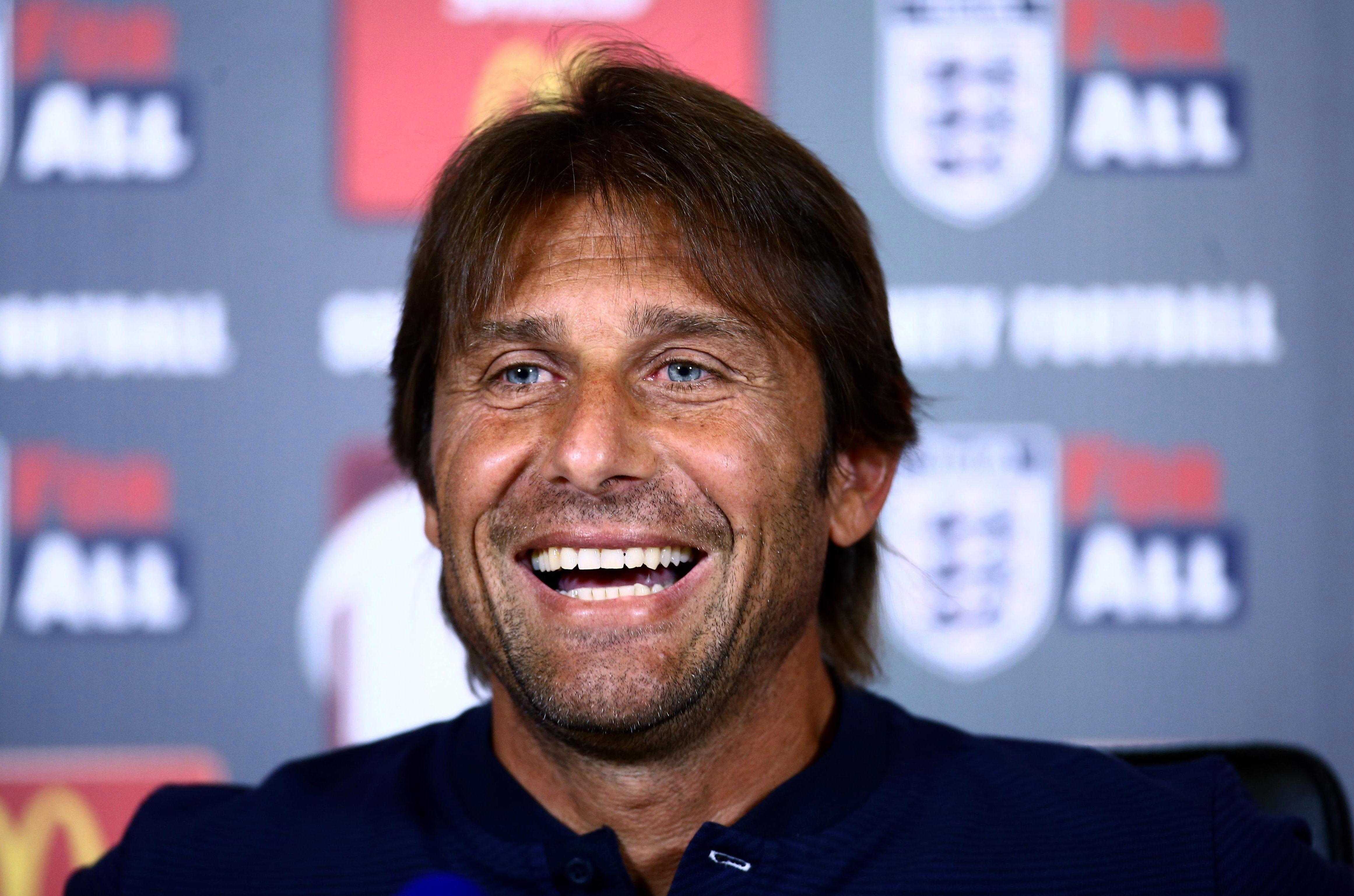 Antonio Conte is also interested in bringing Sergi Roberto to the Premier League