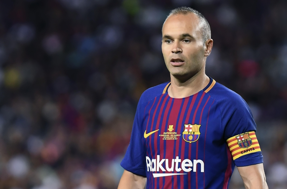 Barcelona do not consider extending Andres Iniesta's contract a top priority