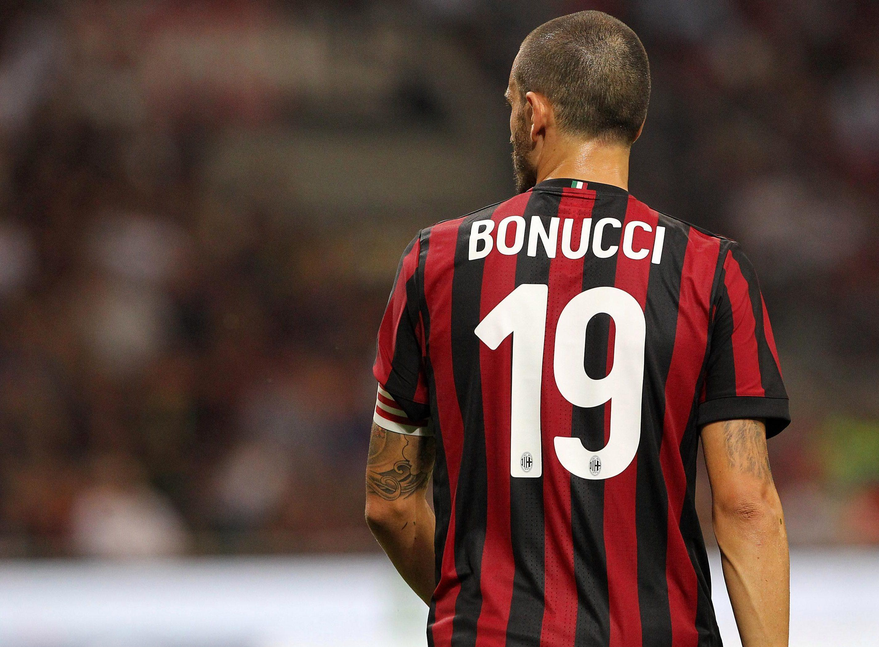 Juventus want a new centre-back to replace the departed Leonardo Bonucci