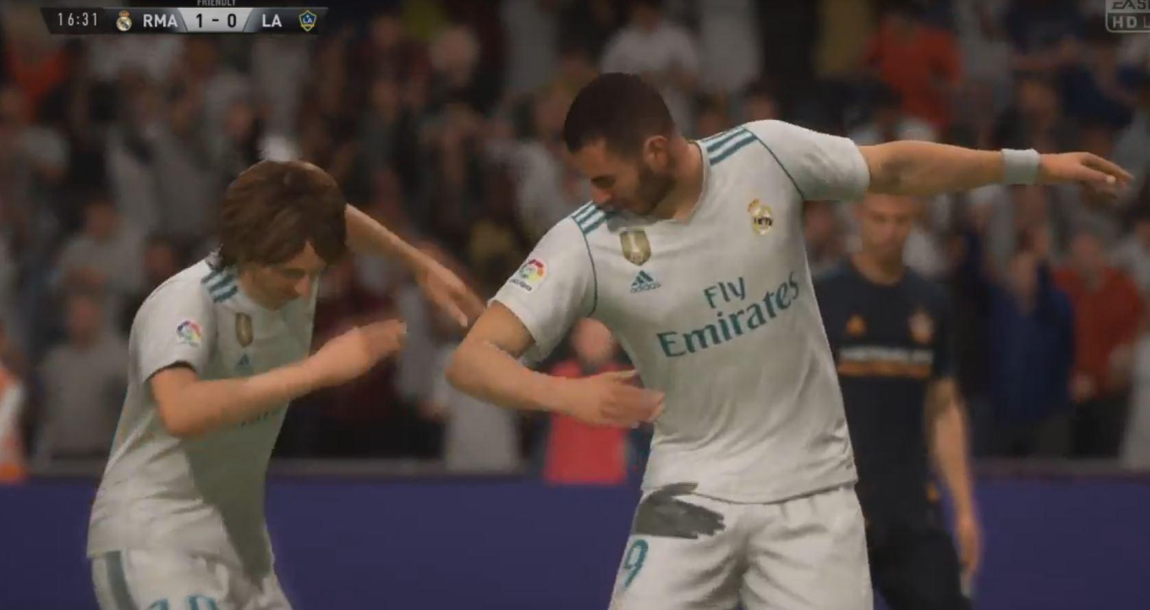 Another player now joins in on the dabbing action post scoring