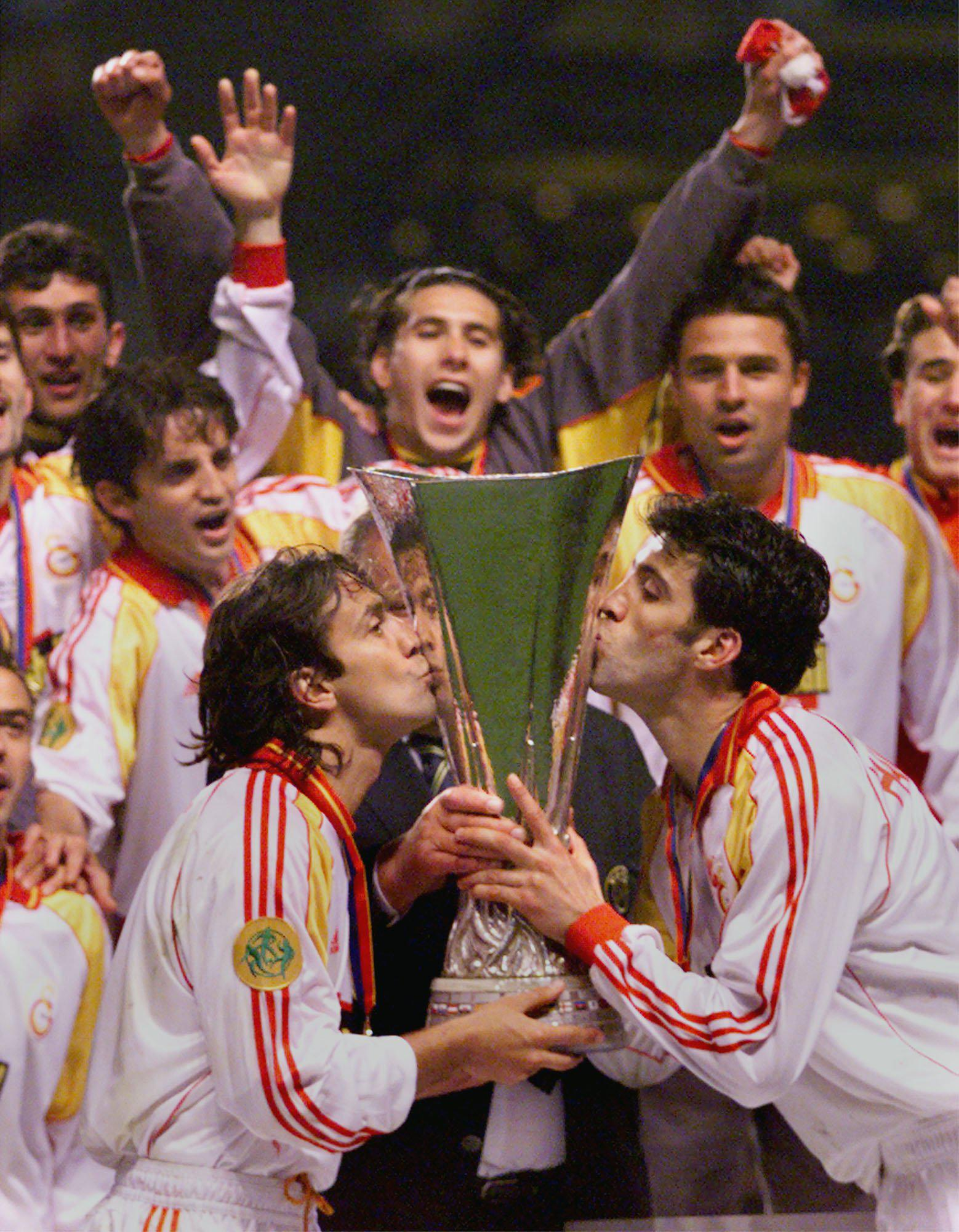 The ten men of Galatasaray came out on top in the shootout