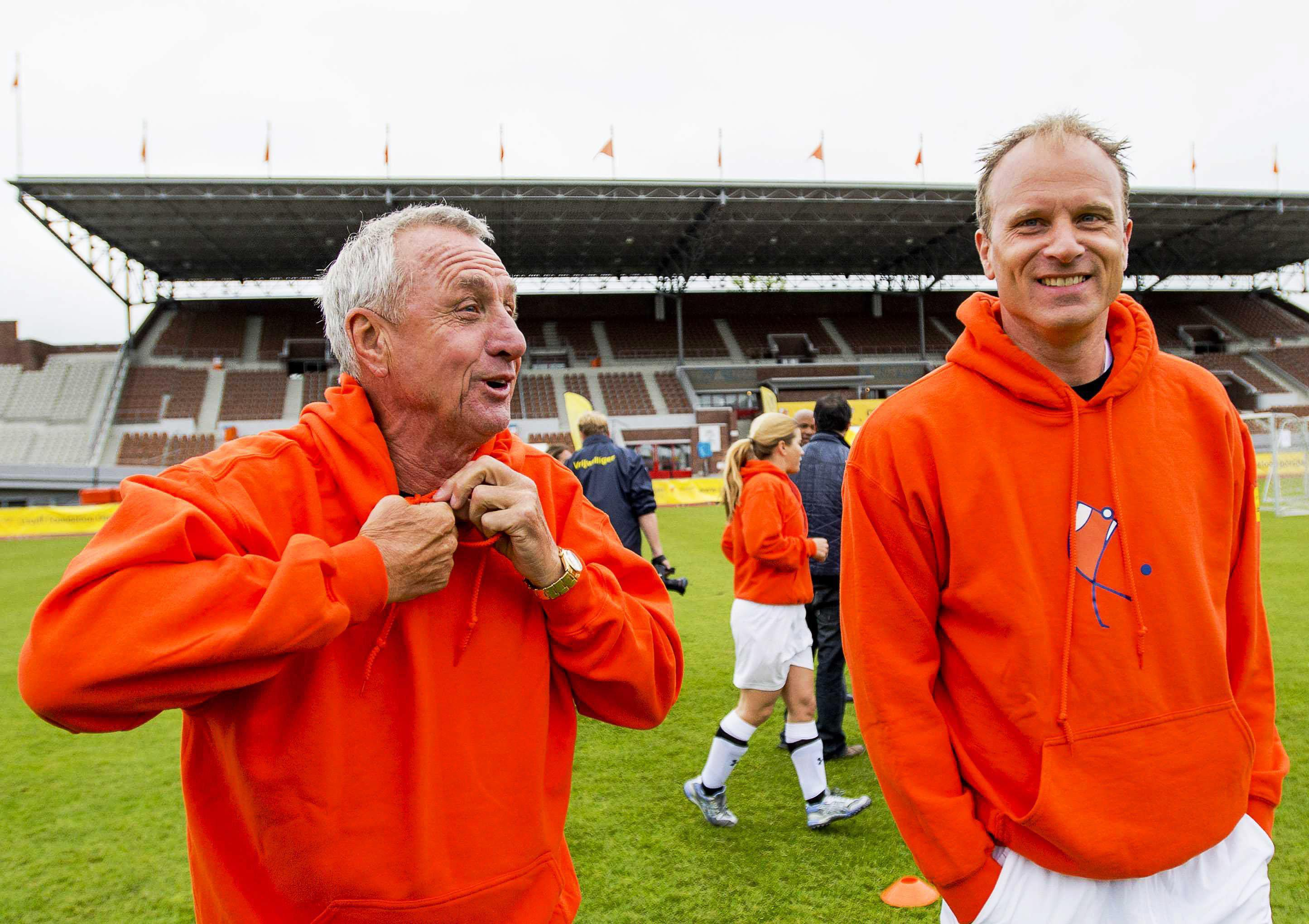 Johan Cruyff tried to persuade Dennis Bergkamp to join him at Barcelona