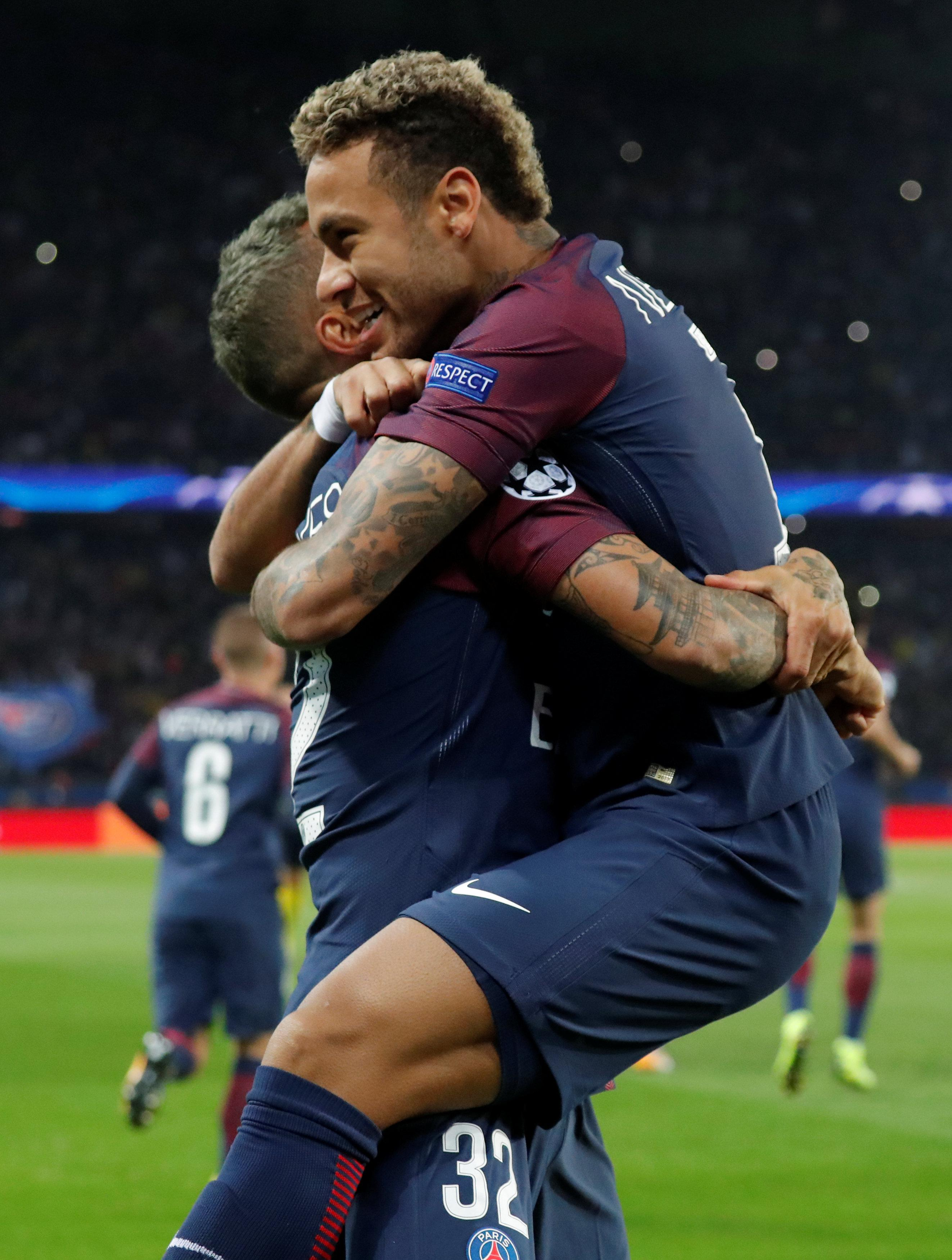 Compare that to Neymar's celebration of Alves' goal