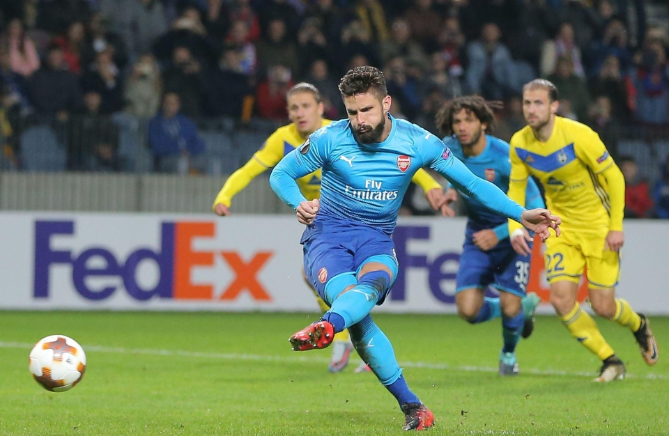 Giroud stuck his 100th goal from the spot
