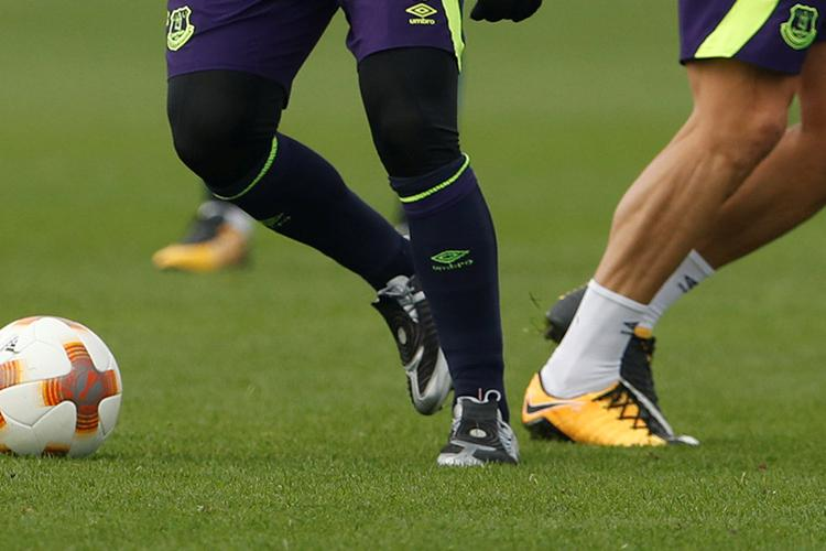 A closer look at Wazza's footwear