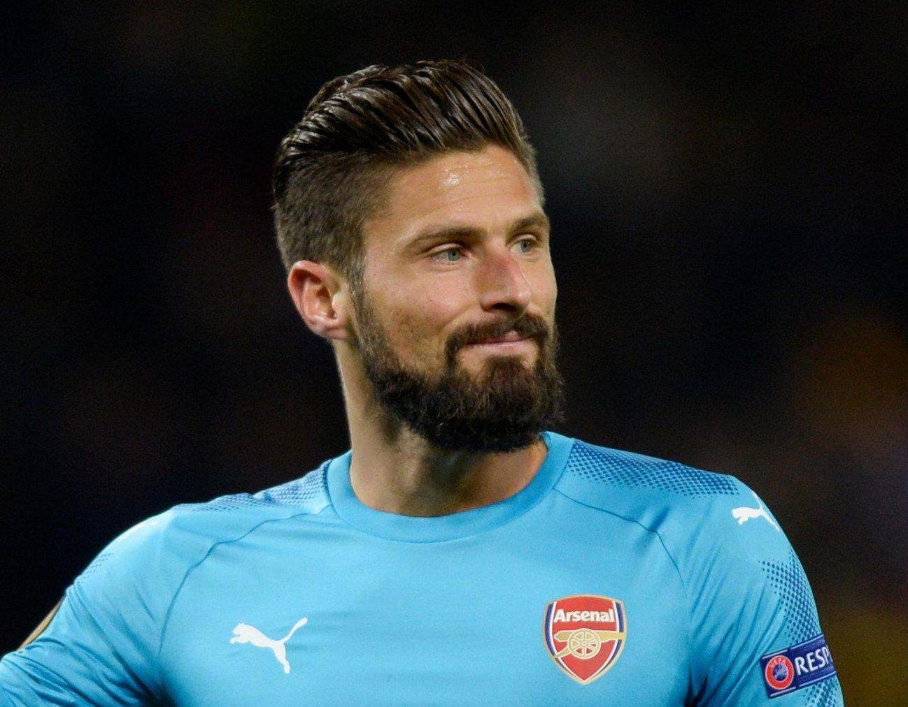Giroud has been told he needs to move elsewhere by Didier Deschamps