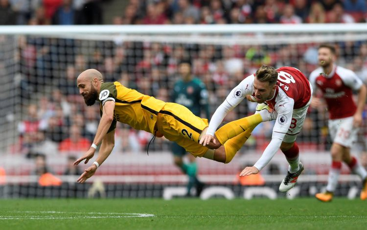 The floor is signing a new deal at Arsenal