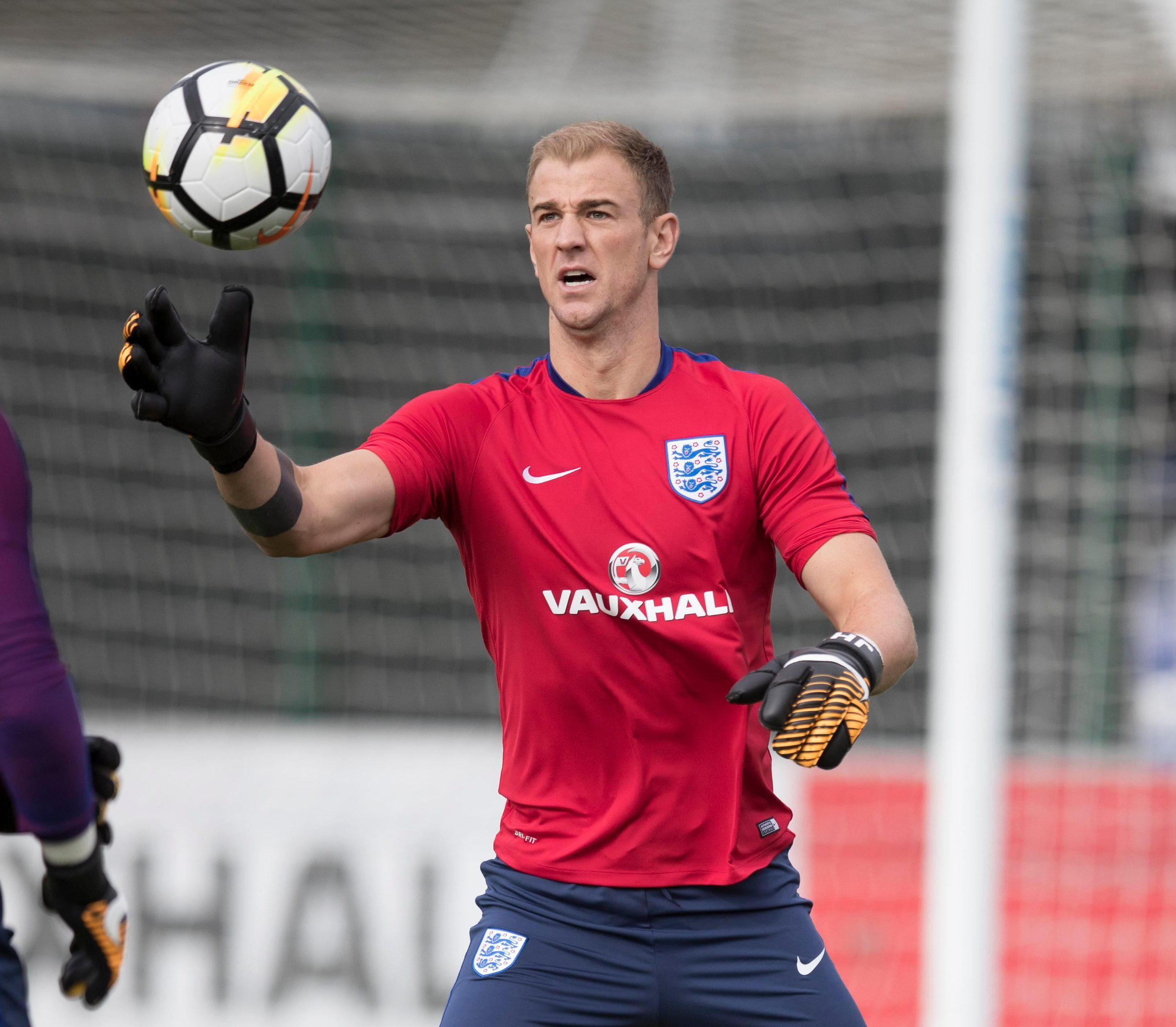 It is still debated whether Joe Hart should be England's No1