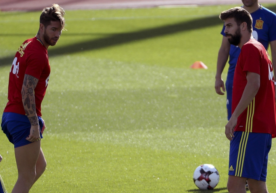 Ramos and Pique put their differences aside for Spain