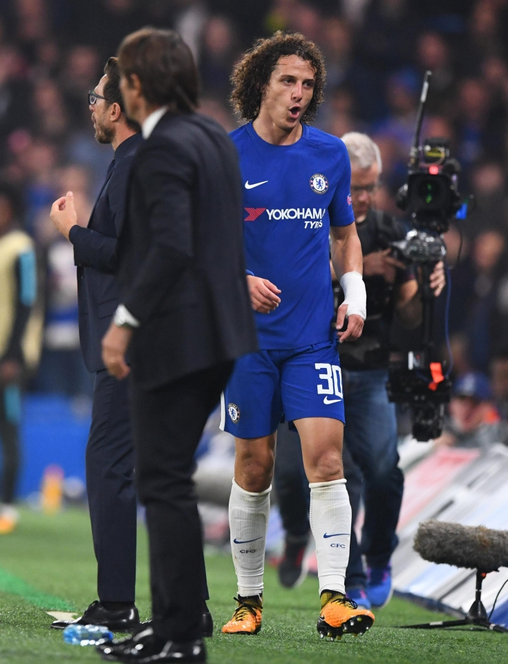David Luiz suffered an injury playing as a makeshift midfielder against Roma