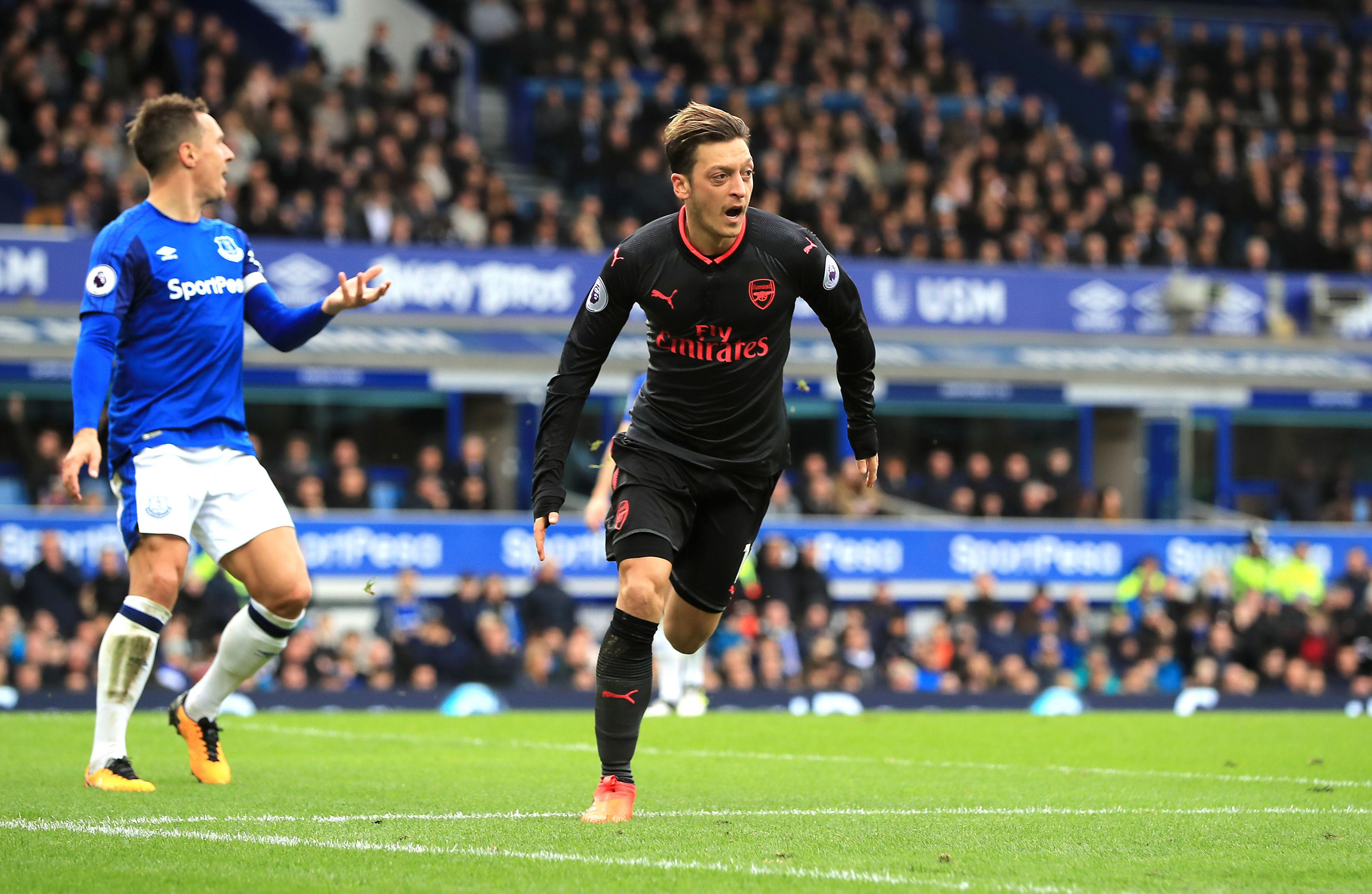Ozil flicked home a header to put Arsenal 2-1 up