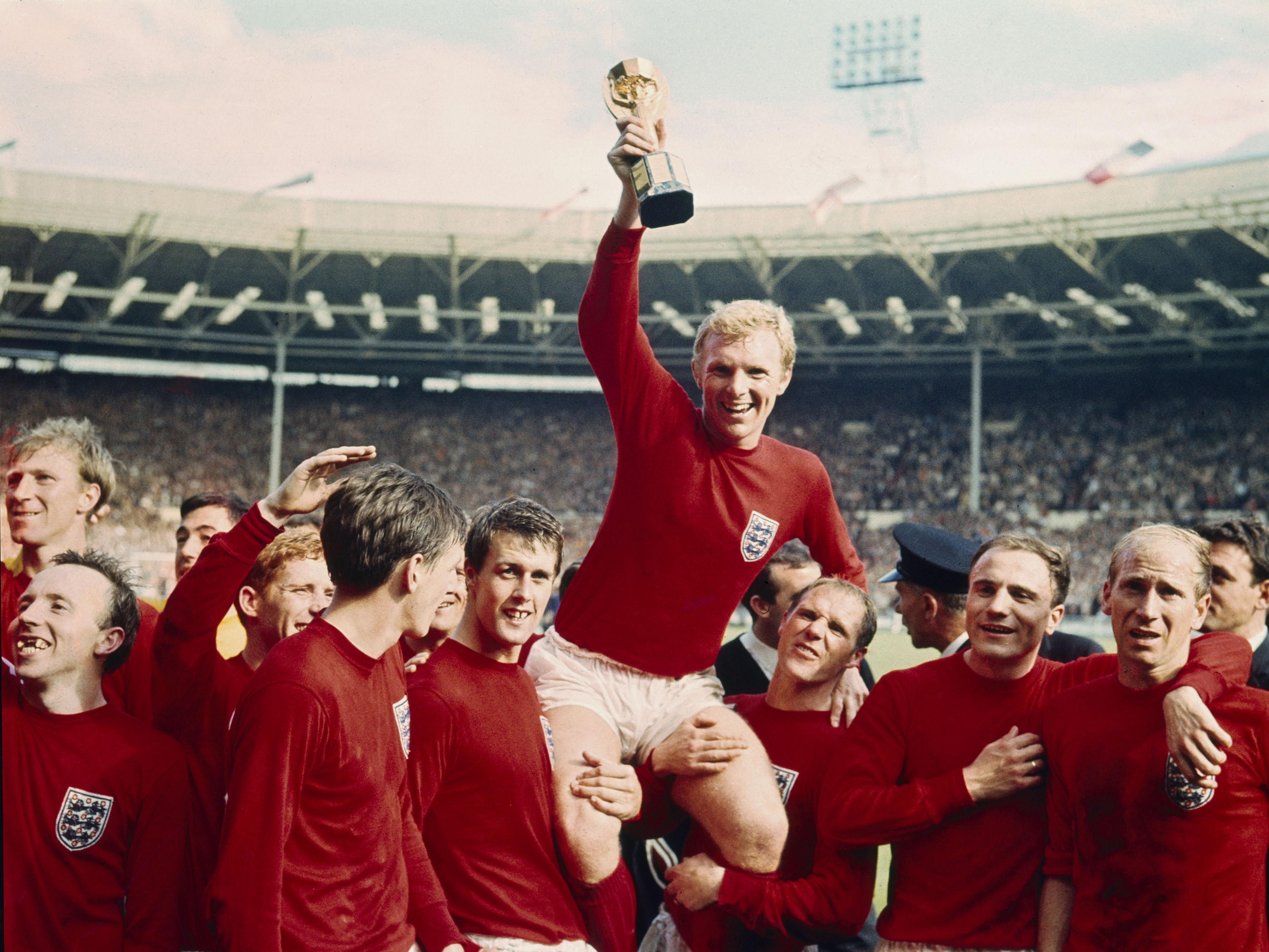 Bobby Moore lifts the World Cup aloft